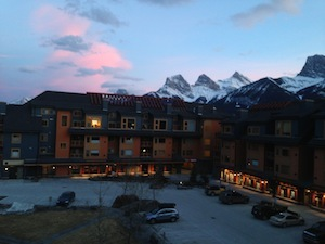 Canmore Vacation Rental Deals. Canmore Crossing evening view